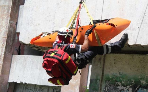 cruz-roja-refuerza-tecnicas-rescates-1_0_24_1280_797